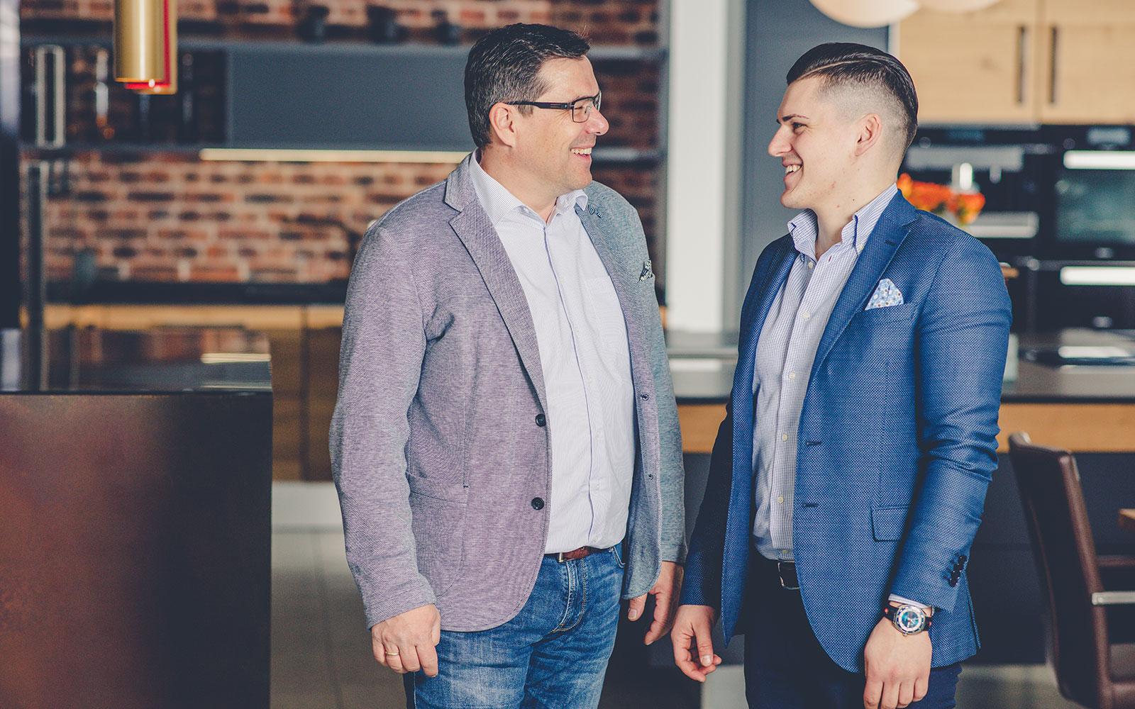 Matthias Kühn und Philipp Kühn - Geschäftsführer von WEKUmat Küchenwerk Werner Kühn e.K.